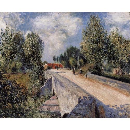 Bridge over the Orvanne near Moret