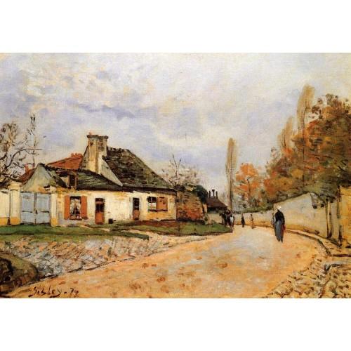 Neighborhood Street in Louveciennes