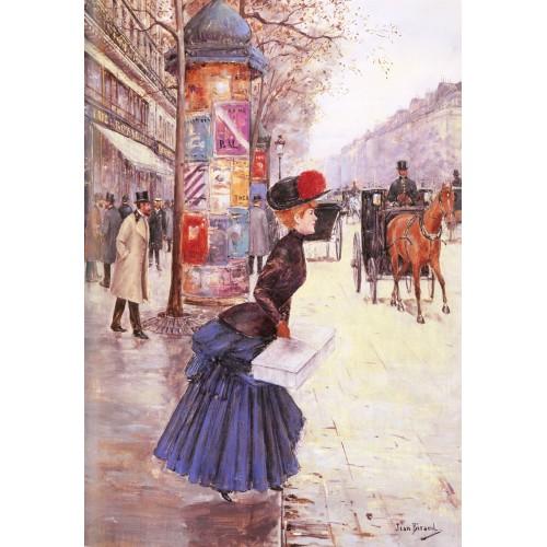 Jeune femme traversant le boulevard