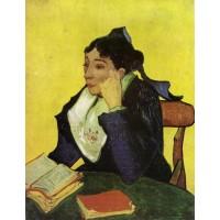 L'Arlesien Madame Ginoux with Books
