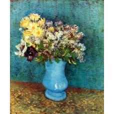Vase with flieder margerites und anemones